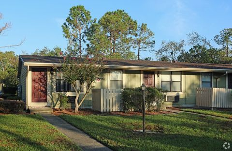 Photo of 15300 W Colonial Dr, Winter Garden, FL 34787
