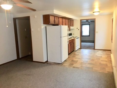 Photo of 420 Hiddeson Ave Apt 4, Greenville, OH 45331