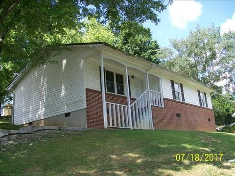 Photo of 1565 Wardell Rd, Cedar Bluff, VA 24609