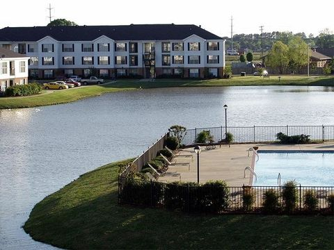Photo of 100 Windsor Lake Blvd, Brandon, MS 39042