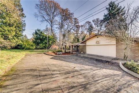 Photo of 10427 Meadow Rd Sw # Wa98499, Lakewood, WA 98499
