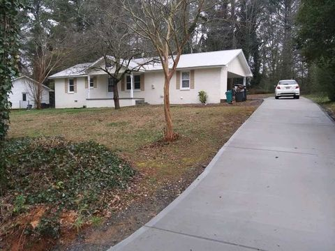 Photo of 135 Myrtle St, Jasper, GA 30143