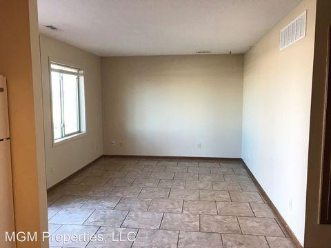 Photo of 810 Coolidge St, Great Bend, KS 67530
