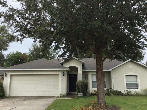 Photo of 1350 Rolling River Rd, Deland, FL 32720