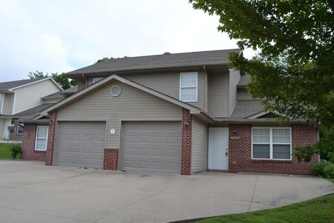 Photo of 1400 Raleigh Dr # 1402, Columbia, MO 65202