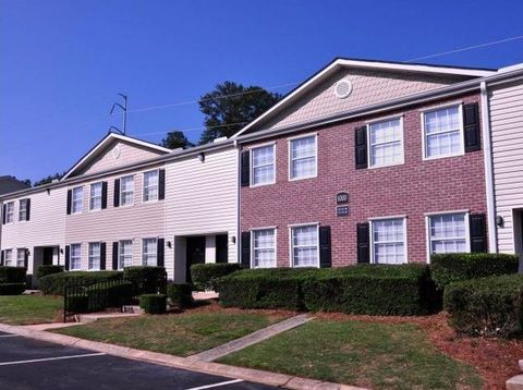 Photo of 4103 Wesley Club Dr, Decatur, GA 30034