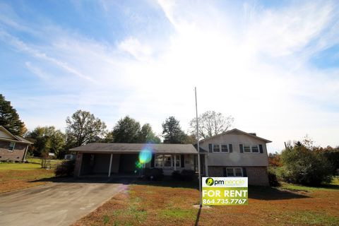 Photo of 110 Kathryn Dr, Easley, SC 29640