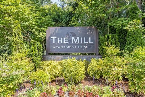 Photo of 1324 Mill Creek Blvd, Mill Creek, WA 98012