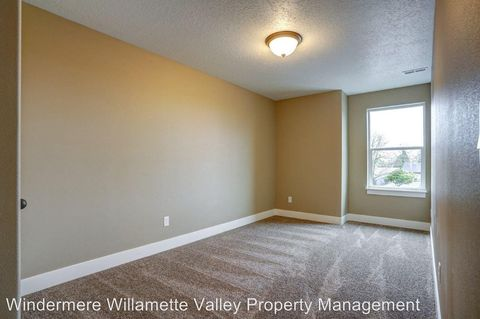 Photo of 482-486 S Monmouth Ave, Monmouth, OR 97361