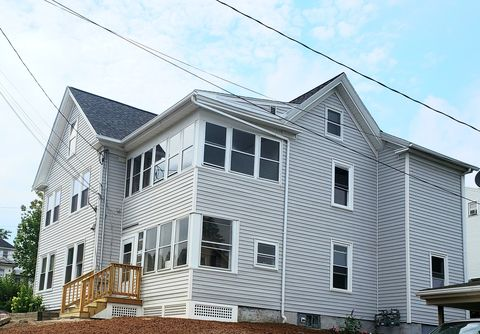 Photo of 57 Franklin St Apt B, Augusta, ME 04330