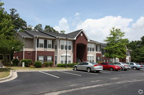 Photo of 100 Paces Ct, Gainesville, GA 30504