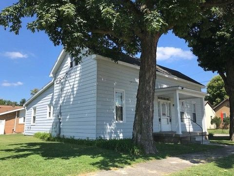 Photo of 303 S 7th St Unit A, Vincennes, IN 47591
