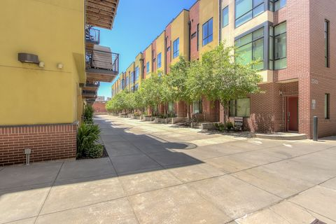 Photo of 2345 Walnut St Unit 17, Denver, CO 80205