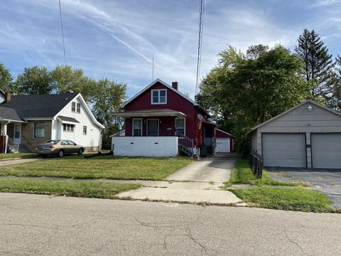 Photo of 2213 Rush Blvd, Youngstown, OH 44507
