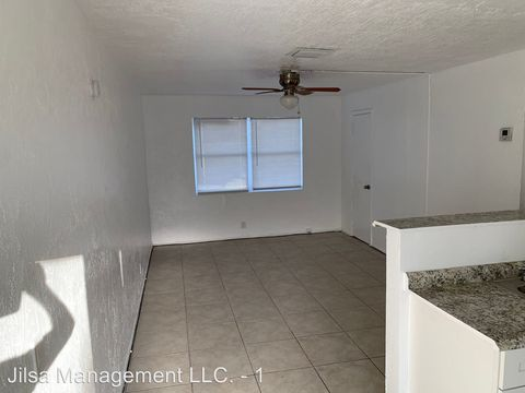 Photo of 1913 Division Ave, West Palm Beach, FL 33407