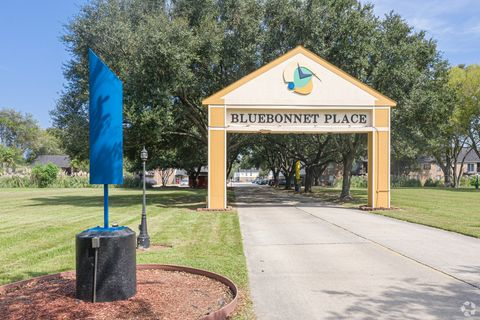 Photo of 9989 Burbank Dr, Baton Rouge, LA 70810