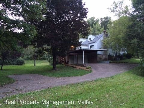 Photo of 5168 Russet Dr, Cross Lanes, WV 25313