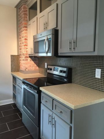 Photo of 3840 Harrison St Unit 2, Kansas City, MO 64110