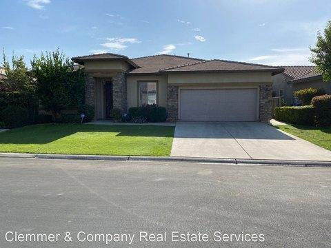 5312 Pelican Hill Dr, Bakersfield, CA 93312