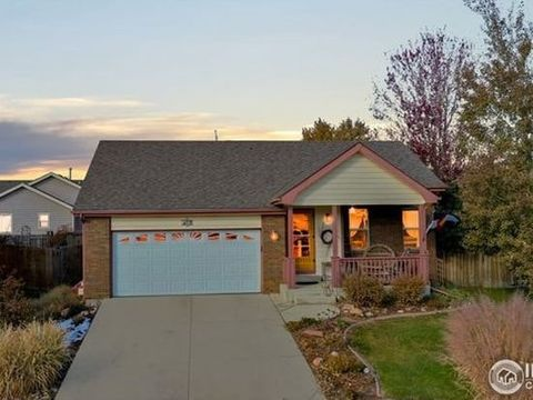 Photo of 430 Bluegrass Ct, Windsor, CO 80550