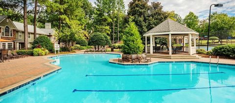 Photo of 4130 Plantation Trace Dr, Duluth, GA 30096