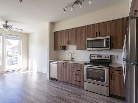 Photo of 6015 N Interstate Ave, Portland, OR 97217