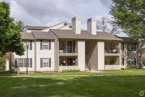 Photo of 2905 S Lees Summit Rd, Independence, MO 64055
