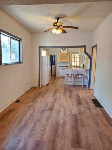 Photo of 606 College Ave, Canon City, CO 81212