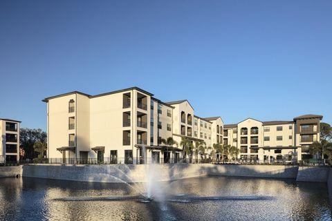 Photo of 102 Manatee Ave W, Bradenton, FL 34205