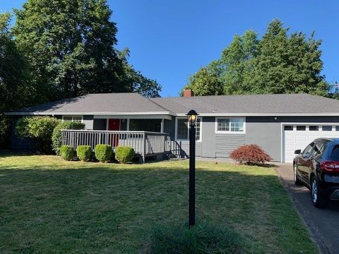 Photo of 15720 Se Francis Ave, Milwaukie, OR 97267