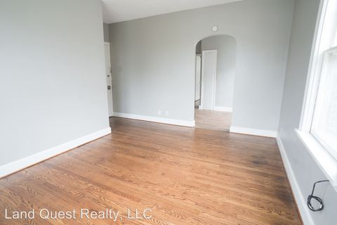 Photo of 939 College Ave, Racine, WI 53403