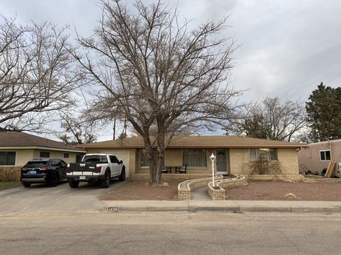Photo of 1438 Wellesley Dr Ne, Albuquerque, NM 87106