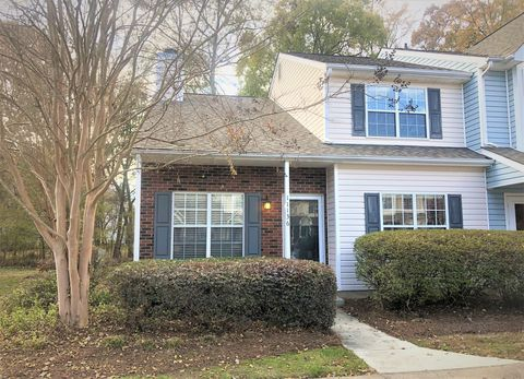 Photo of 11136 Whitlock Crossing Ct, Charlotte, NC 28273