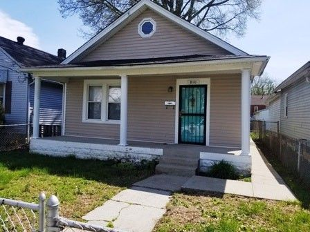 Photo of 810 W Whitney Ave, Louisville, KY 40215