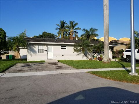 Photo of 201 Ne 1st Ct, Dania Beach, FL 33004