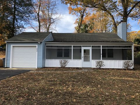 Photo of 592 Old County Rd, Severna Park, MD 21146