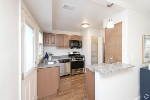 Photo of 128 A Settler Rd, Plymouth, MA 02360