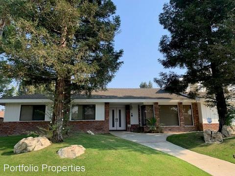3504 Crest Dr, Bakersfield, CA 93306