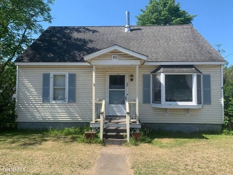 Photo of 90 Pearl St, Essex Junction, VT 05452