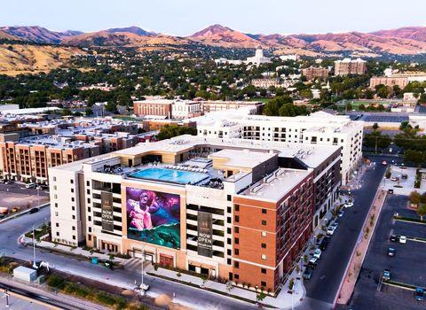 Photo of 455 W 200 N, Salt Lake City, UT 84103