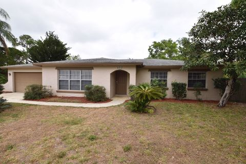Photo of 450 Lowndes Sq, Casselberry, FL 32707