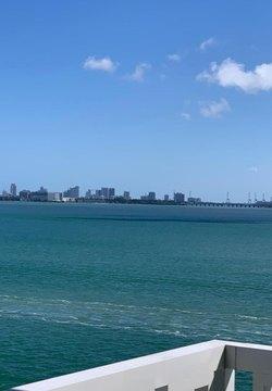 2016 Bay Dr, Miami Beach, FL 33141