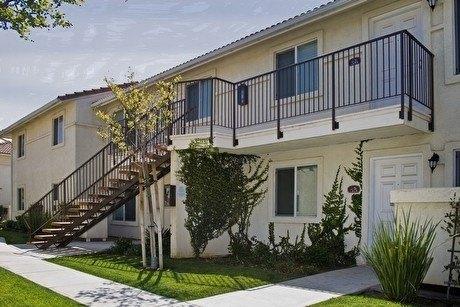 2731 Bernard St, Bakersfield, CA 93306