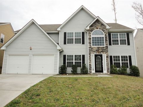 Photo of 682 Rock Hill Pkwy, Lithia Springs, GA 30122