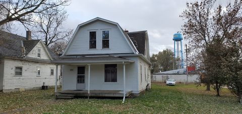 Photo of 206 Pioneer Ave, Hayti, SD 57241