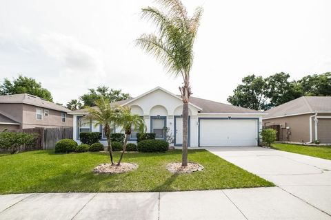 Photo of 1349 Rolling River Rd, Deland, FL 32720