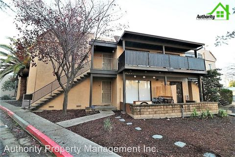 Photo of 549 Loma St, Redding, CA 96003