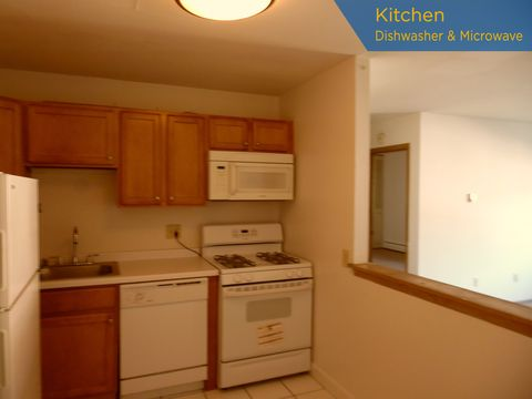 Photo of 3069 N Oakland Ave Apt 105, Milwaukee, WI 53211