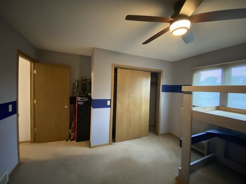 Photo of 2250 Woodlawn St Unit Bedrooma, Dubuque, IA 52001