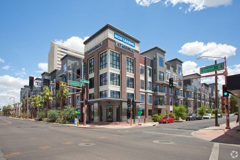 Photo of 4001 N Central Ave, Phoenix, AZ 85012
